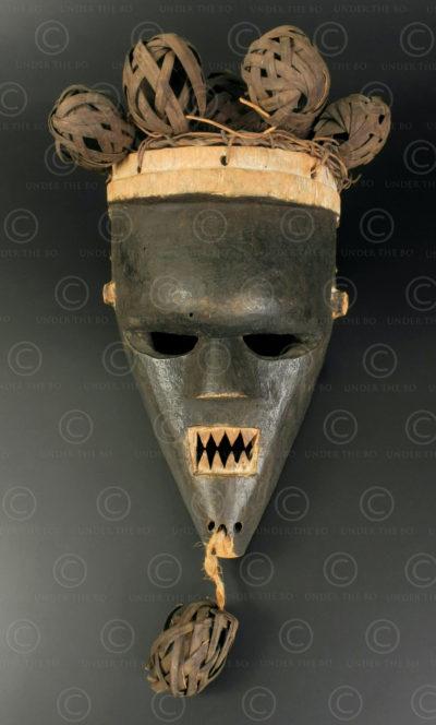 Masque Salampasu AF274. Culture Salampasu, région du Kasaï, Rép. Dém. du Congo.